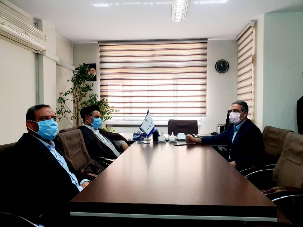 مدیران پرکار و موفق تثبیت می شوند/ با نمایندگان استان تعامل داریم