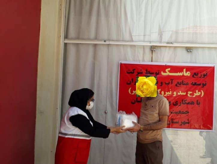 توزیع قریب ۳۰۰۰ هزار ماسک رایگان توسط خانه های هلال در شهرستان گچساران
